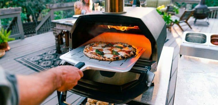 Karu 16 bästa pizzaugnen från Ooni